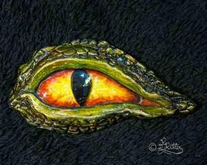 Dragon-Eye-Brooch (8cm Height)