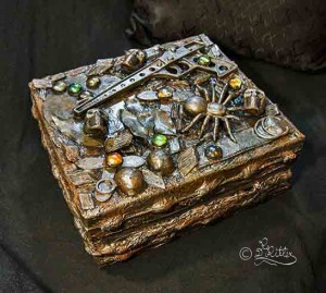 Vintage_Box ( Mixed Media)